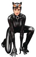 DC Comics Catwoman Artfx Statue (C: 1-1-2)