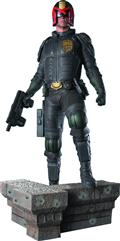 Dredd Movie Judge Dredd 1/4 Scale Statue (C: 1-1-2)