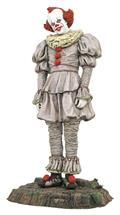 It 2 Gallery Pennywise Swamp Pvc Statue (C: 1-1-1)