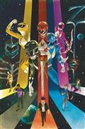 Go Go Power Rangers #22 Cvr A Main Shavrin (C: 1-0-0)