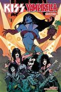 Kiss Vampirella #2 (of 5) Cvr C Castro