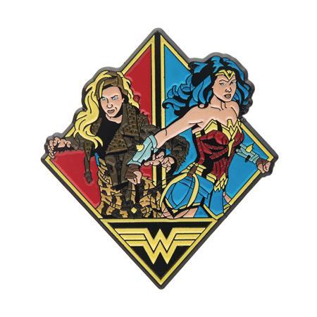 WONDER WOMAN 1984 WONDER WOMAN & CHEETAH PIN (C: 1-1-2)