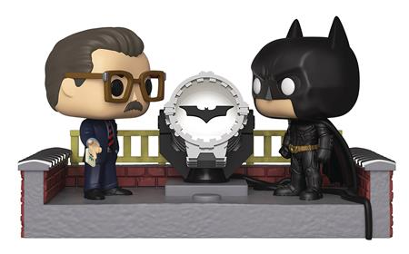 POP MOVIE MOMENT BATMAN 80TH LIGHT UP BAT SIGNAL VINYL FIG (