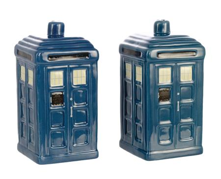 DOCTOR WHO TARDIS CERAMIC SALT & PEPPER SHAKER 2PC SET