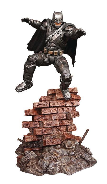 BVS ARMORED BATMAN 1/8 SCALE RESIN MODEL KIT (C: 0-1-2)