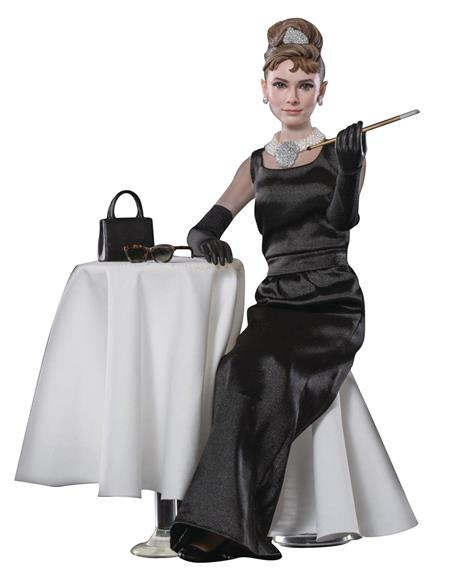 BREAKFAST AT TIFFANYS HOLLY GOLIGHTLY 1/6 AF DELUXE VER (Net