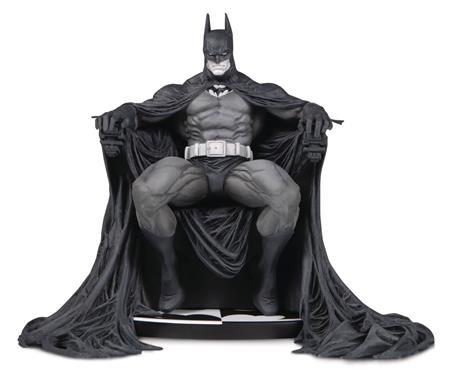 BATMAN BLACK AND WHITE BY MARC SILVESTRI STATUE