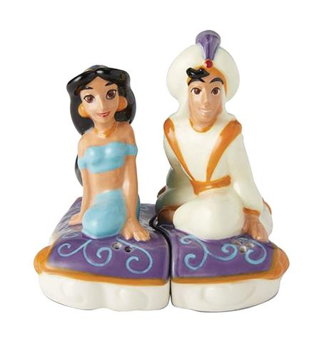 DISNEY ALADDIN & JASMINE SALT AND PEPPER SHAKERS (C: 1-1-2)