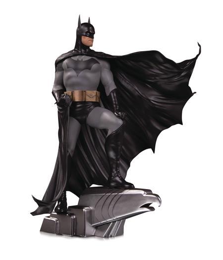 DC DESIGNER SER BATMAN BY ALEX ROSS DELUXE STATUE
