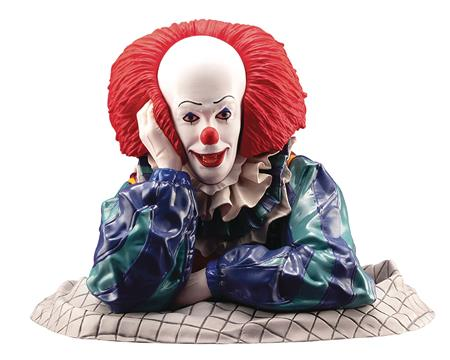 IT 1990 PENNYWISE ARTFX STATUE (Net) (C: 1-1-2)