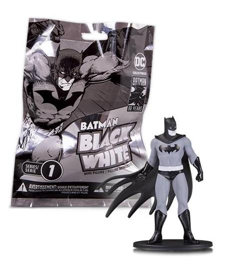 BATMAN BLACK & WHITE BLIND BAG MINI FIGS W1 (18PC CS) (Net)