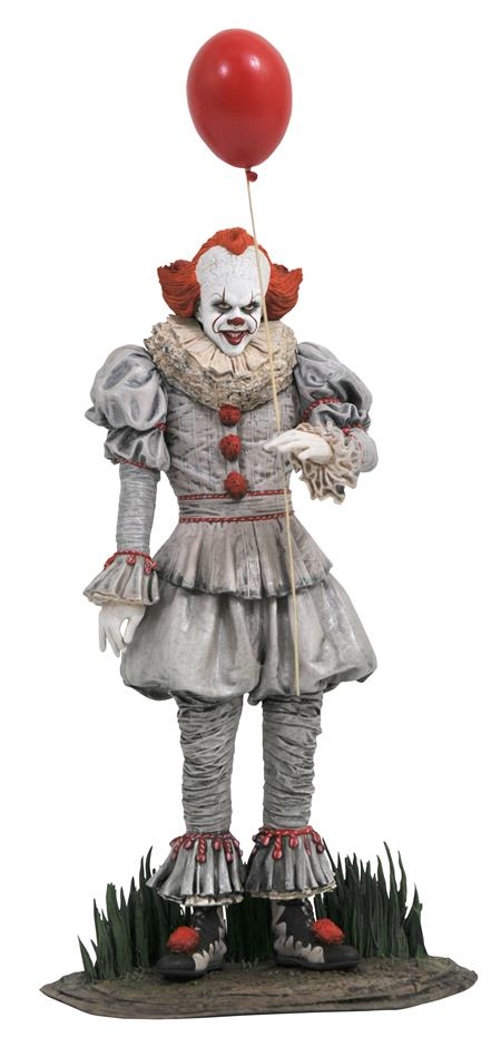 IT CHAPTER 2 GALLERY PENNYWISE PVC FIGURE (C: 1-1-2)