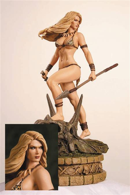 WOMEN DYNAMITE JUNGLE GIRL STATUE DIAMOND EYE ED
