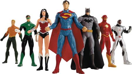 NEW 52 JUSTICE LEAGUE 8IN BENDABLE FIGURE BOX SET (Net) (C: