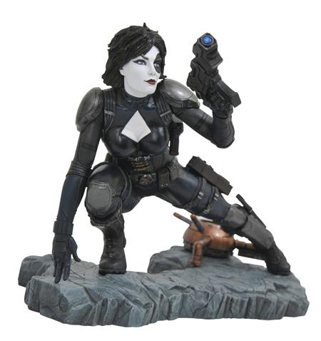MARVEL PREMIERE DOMINO COMIC STATUE (C: 1-1-2)