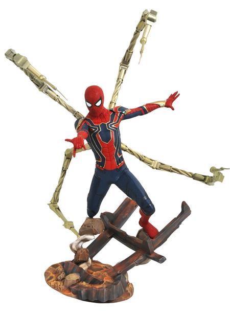 MARVEL PREMIERE AVENGERS 3 IRON SPIDER-MAN STATUE (C: 1-1-2)