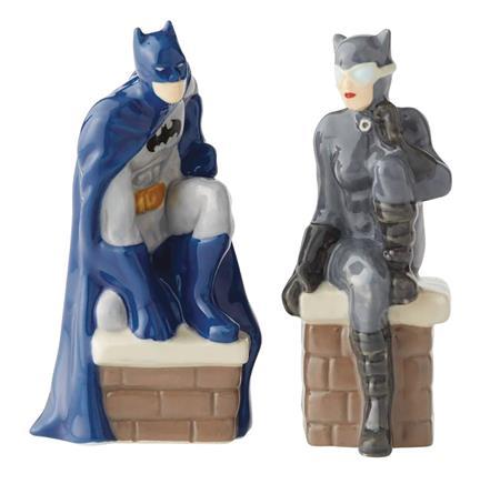 DC BATMAN AND CATWOMAN SALT & PEPPER SHAKER (C: 1-1-2)