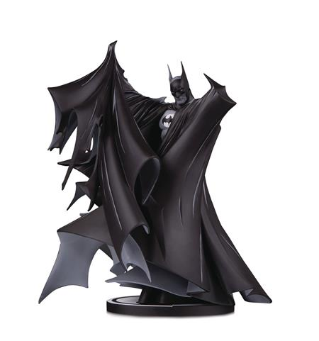 BATMAN BLACK & WHITE DLX STATUE BY TODD MCFARLANE