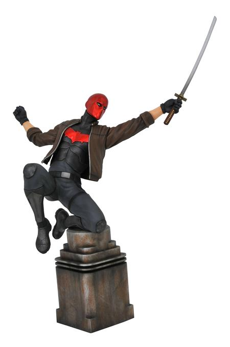 DC GALLERY COMIC RED HOOD PVC STATUE (C: 1-1-2)