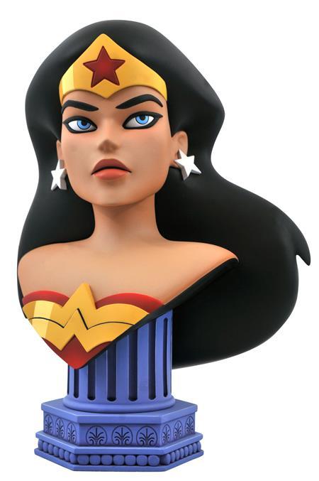 DC COMIC LEGENDS IN 3D WONDER WOMAN 1/2 SCALE BUST (C: 1-1-0