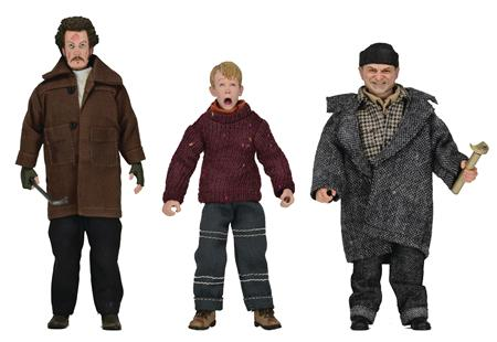 HOME ALONE 8IN CLOTHED AF 8PC ASST (C: 1-1-2)