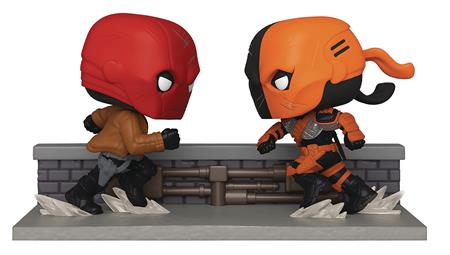 SDCC 2020 POP COMIC MOMENT DC RED HOOD VS DEATHSTROKE PX FIG