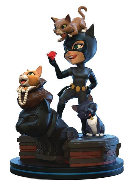 BATMAN ANIMATED CATWOMAN Q-FIG ELITE DIORAMA FIGURE (C: 1-1-